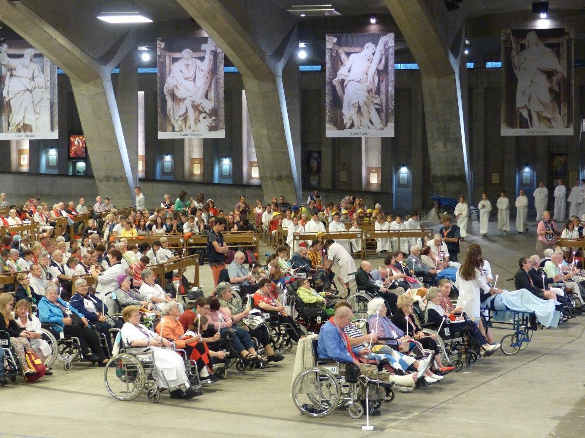 Lourdes2015_sacrement-malades 49