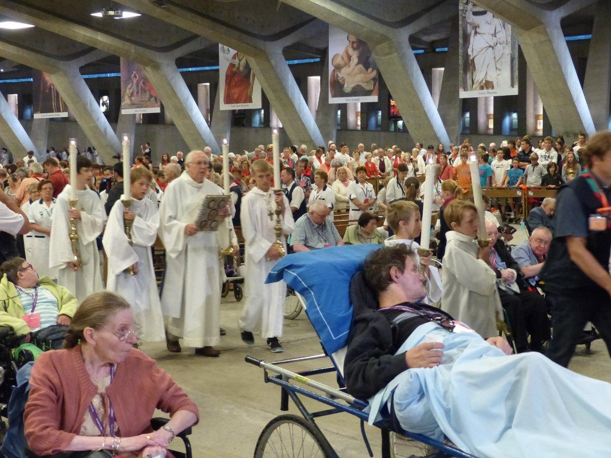 Lourdes2015_sacrement-malades