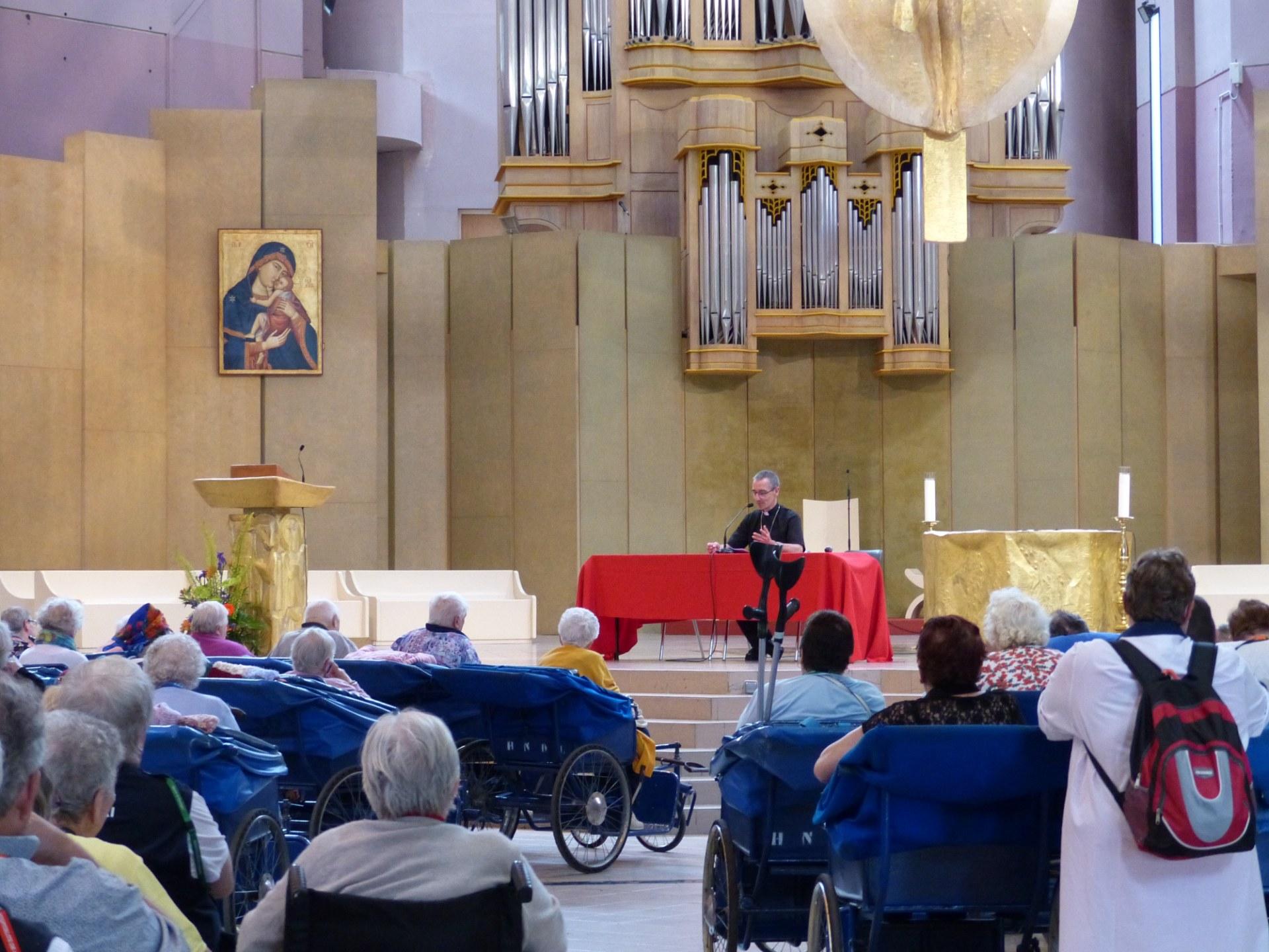 Lourdes2018-photos conference Mgr Dollmann (4)