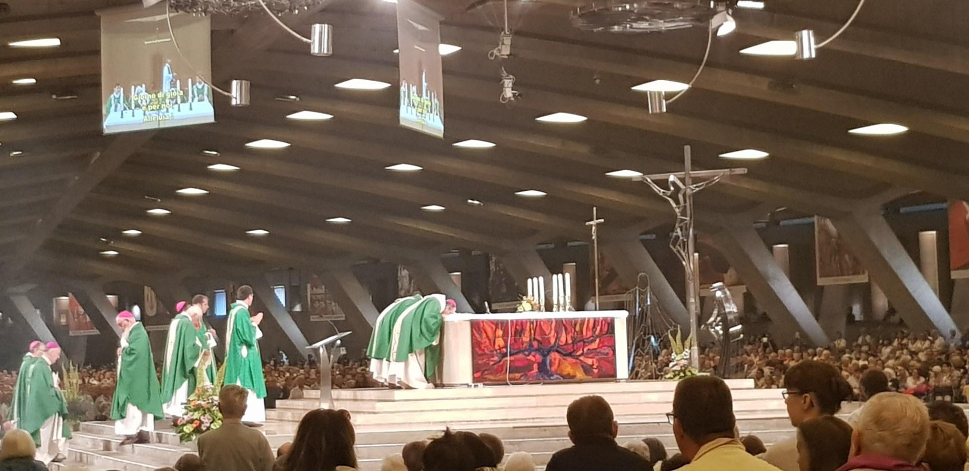 Lourdes2018-photos messe internat (2)