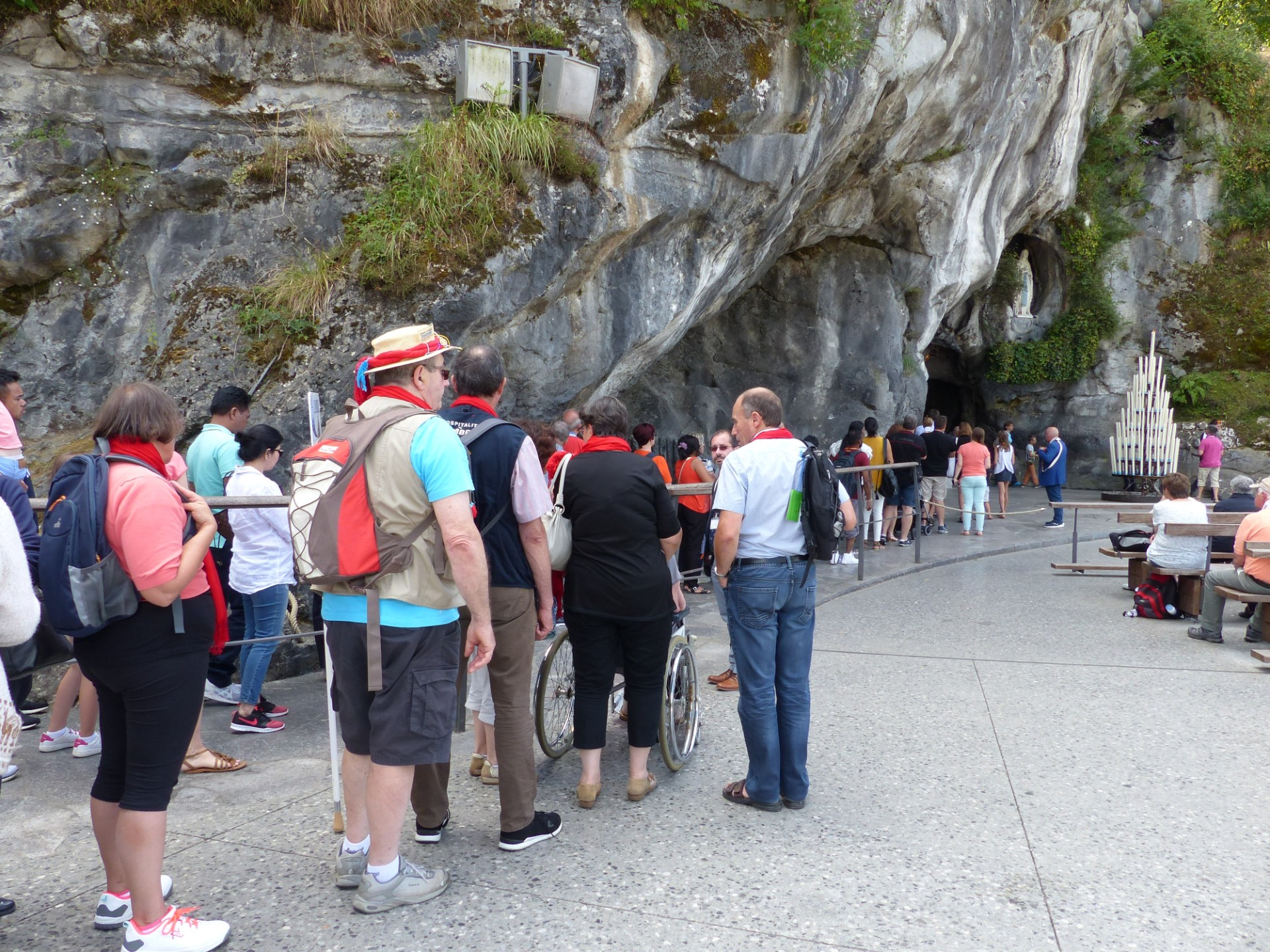 Lourdes2018-photos passage grotte (5)