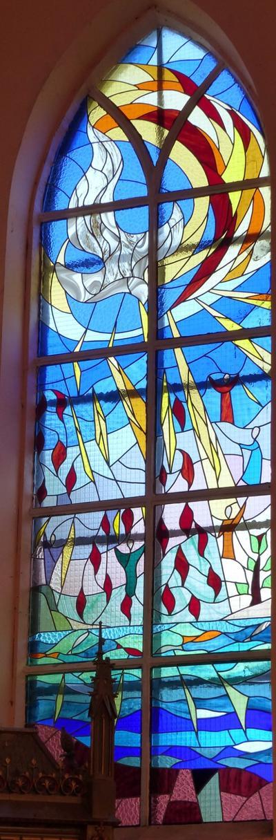 Mairieux-vitrail 15 Le Saint-Esprit