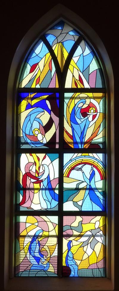 Mairieux-vitrail Vierge Marie