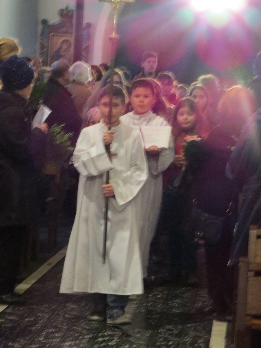 Messe familles aux Rameaux HERGNIES St Fr (03)
