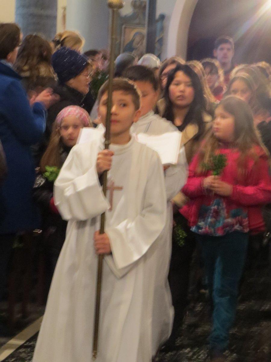 Messe familles aux Rameaux HERGNIES St Fr (04)