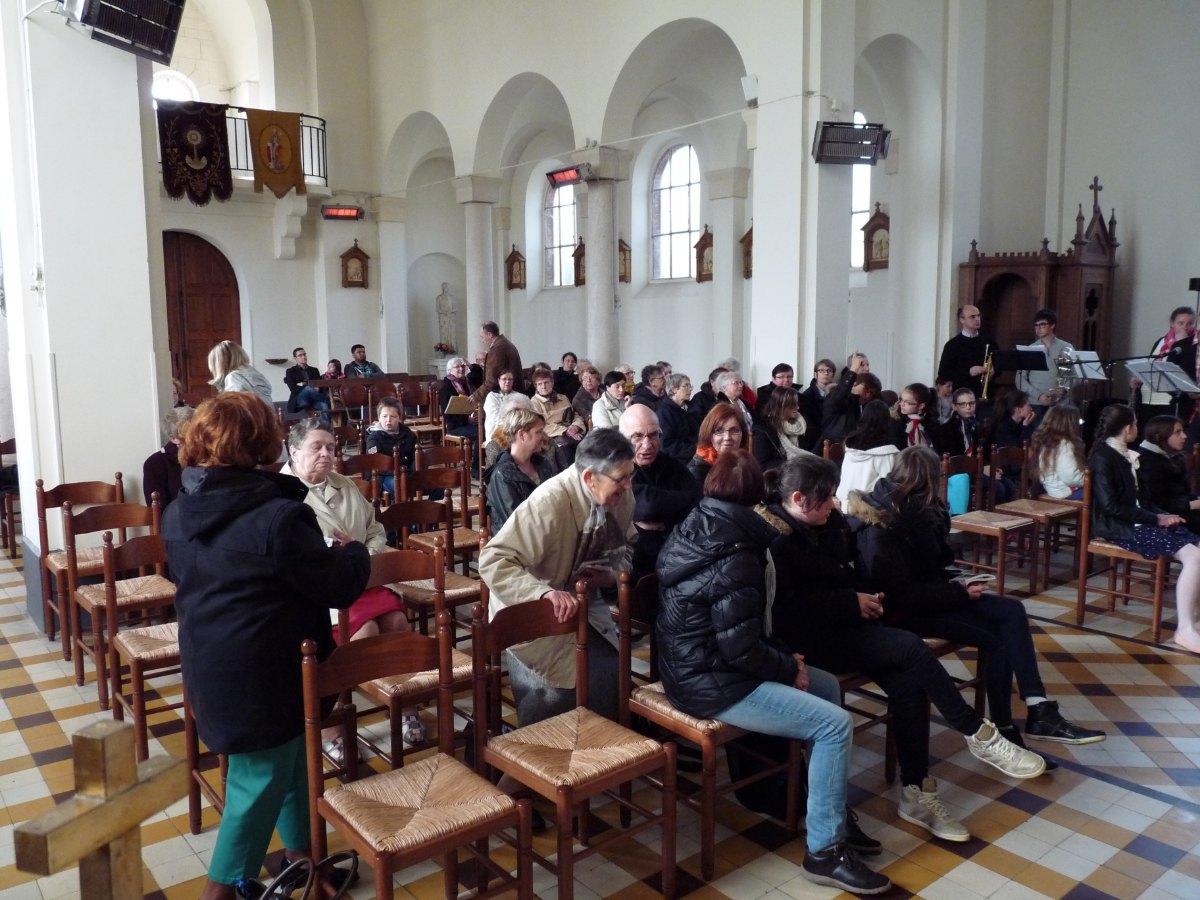 messe frat bantouzelle avril 2015 003