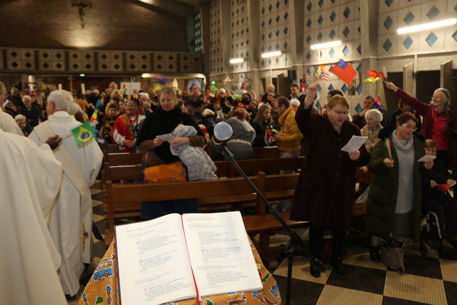 Messe des Nations 104
