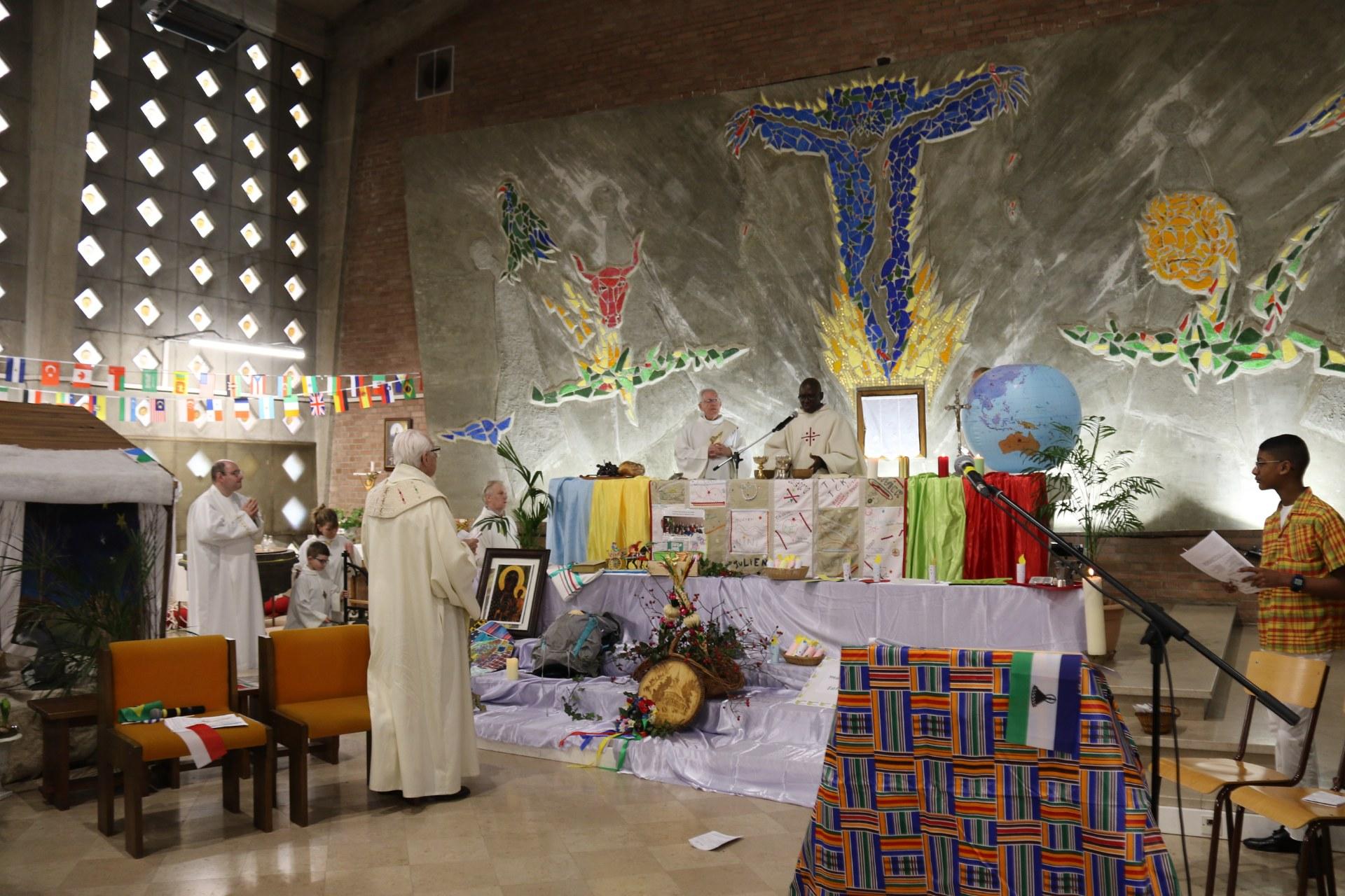 Messe des Nations 74