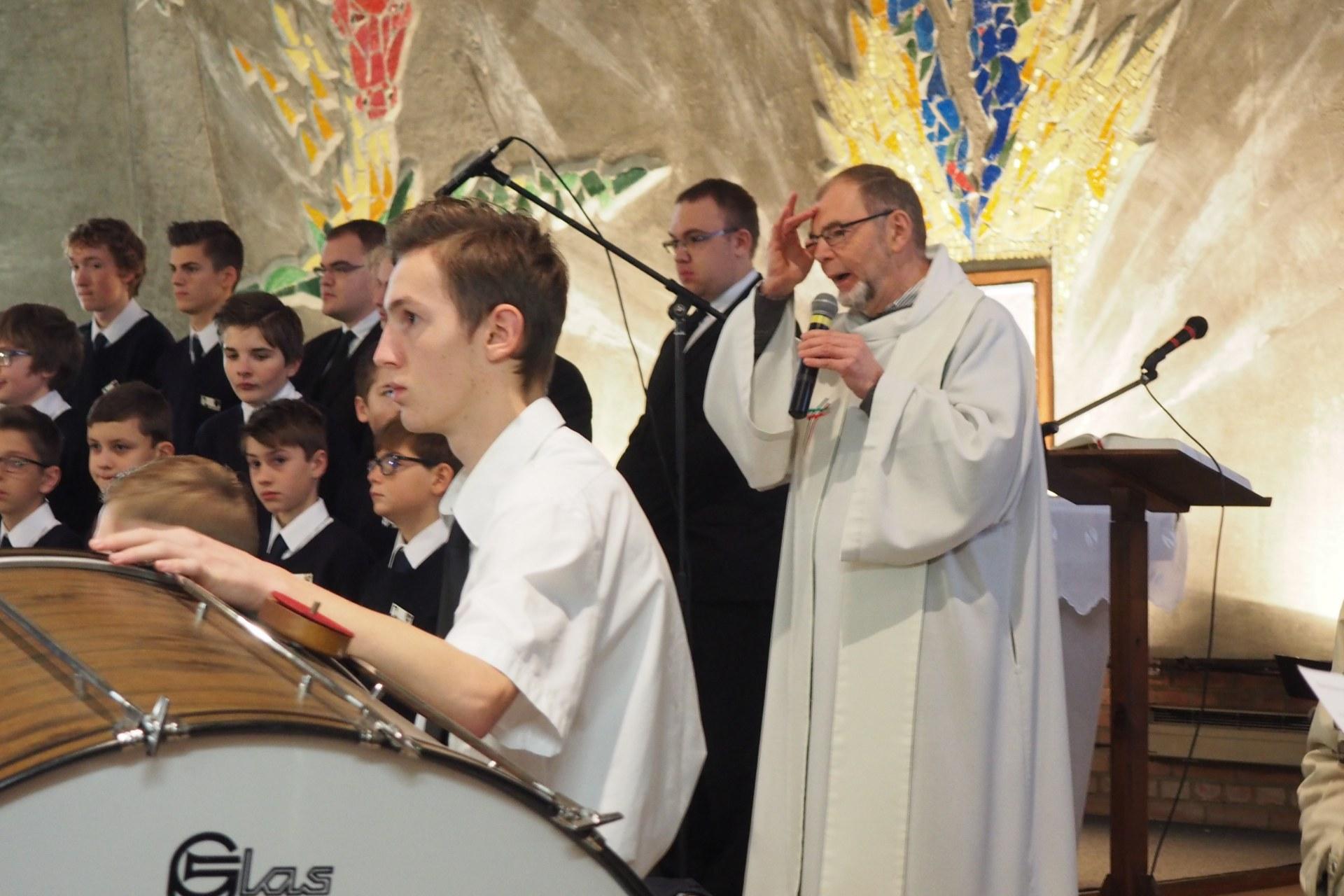Messe Ste Cécile Lambres 28
