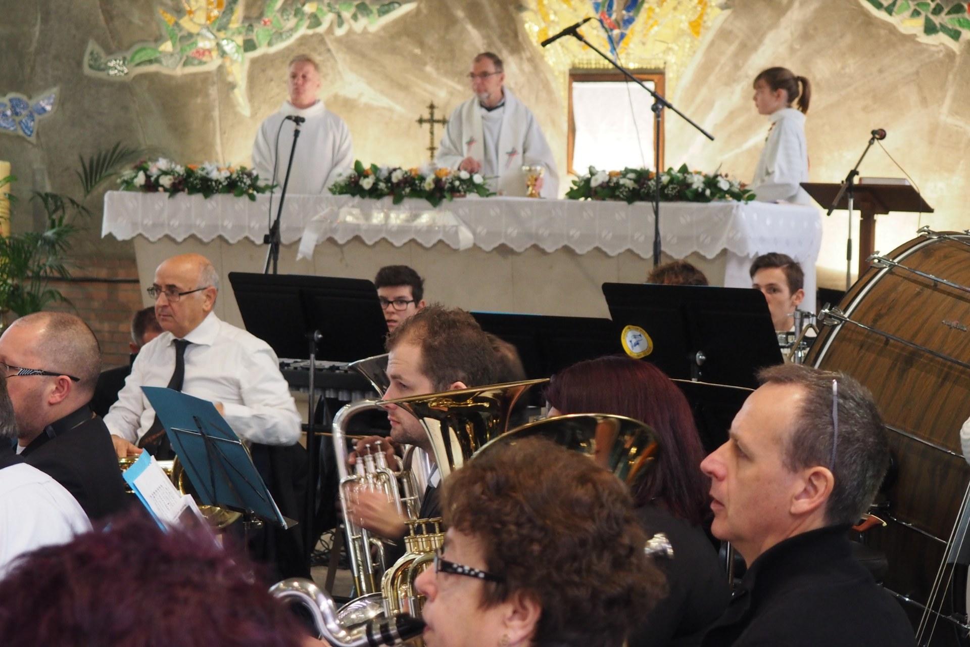 Messe Ste Cécile Lambres 73