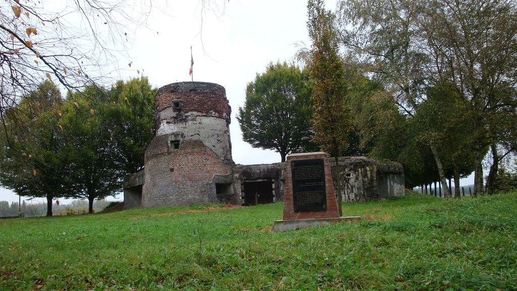 PV 1 Moulin mémoorial du 43 RI.JPG