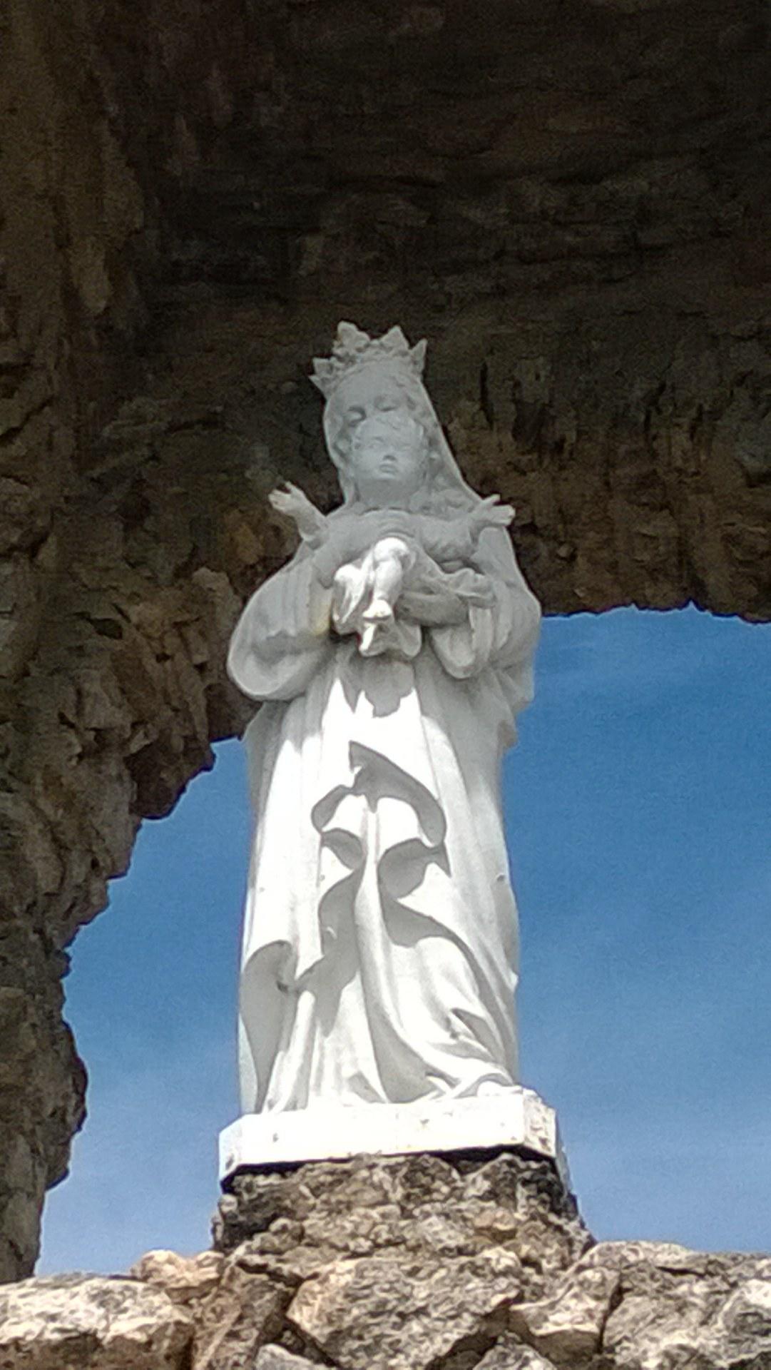 notre dame saint suliac
