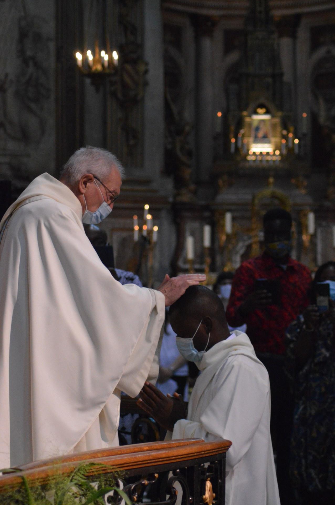ordination de Lionel 69