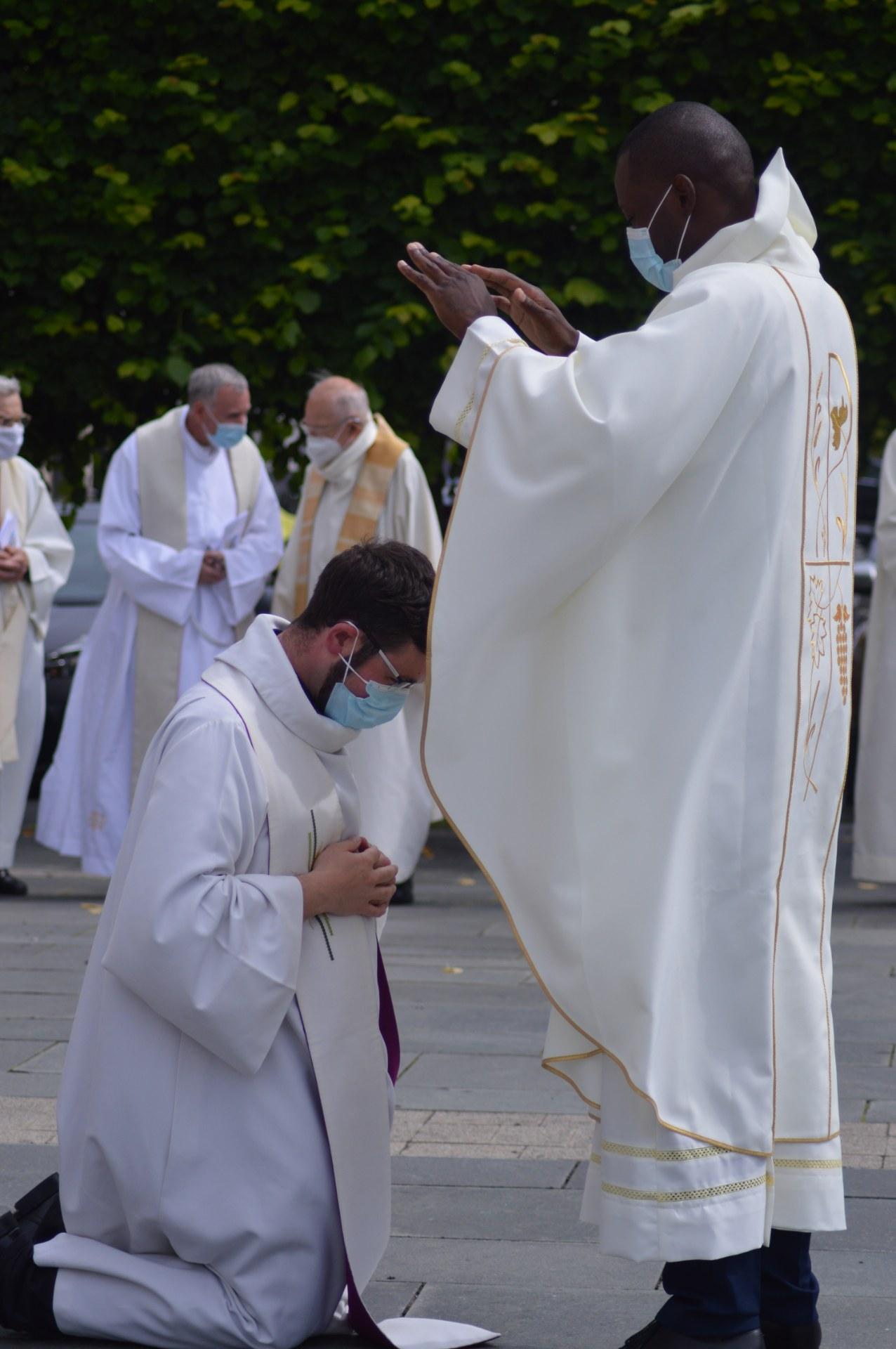 ordination lionel cambrai 38