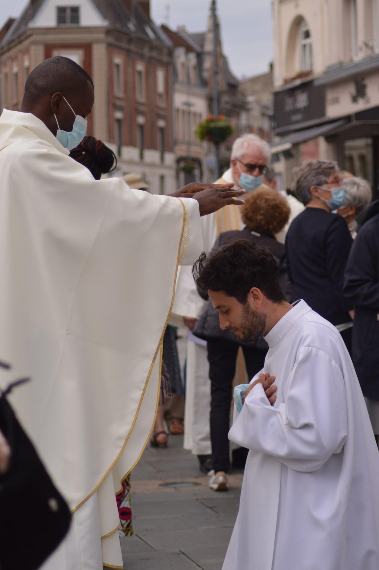 ordination lionel cambrai 53