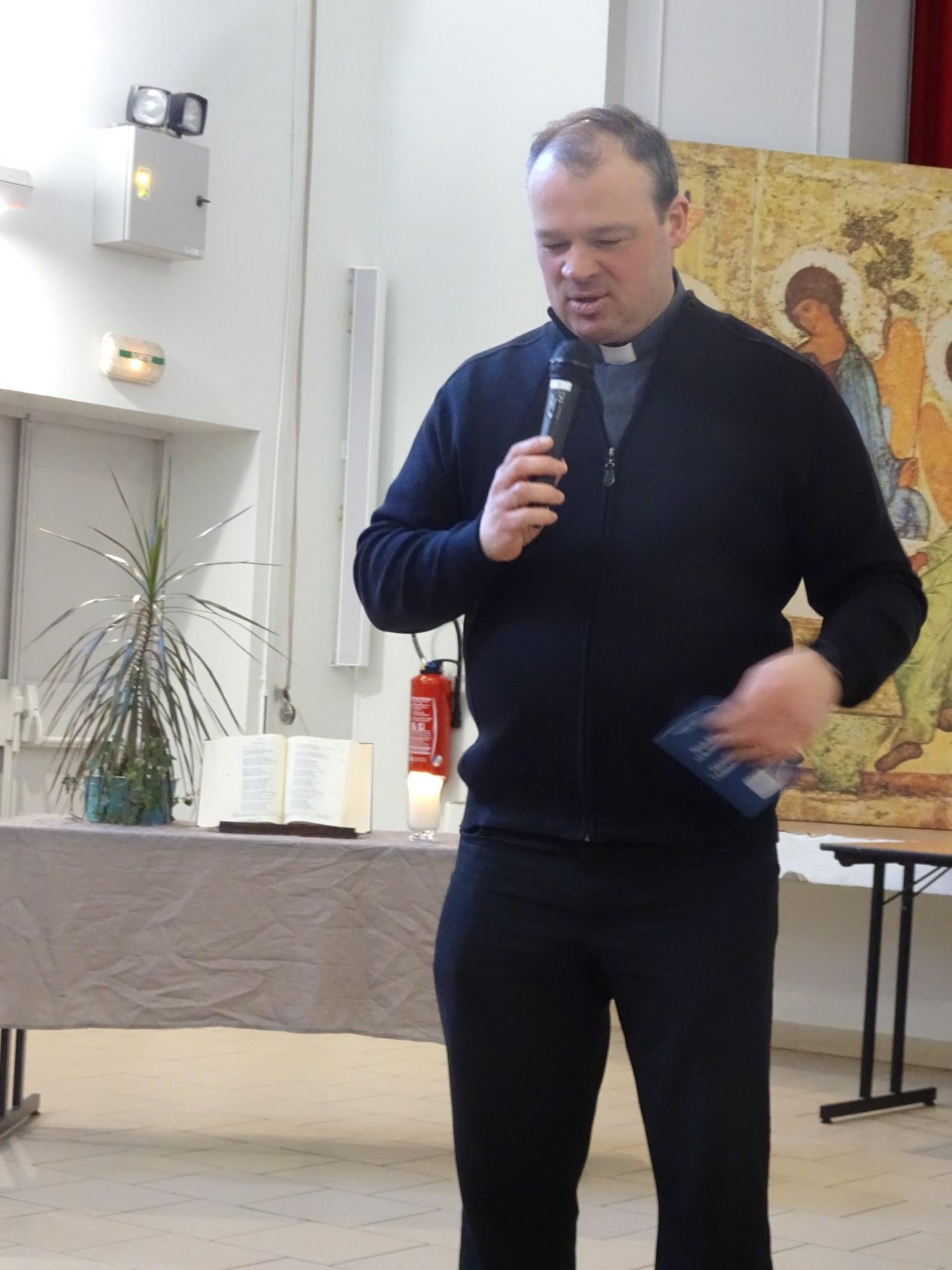 Paroisse en feu F Manoukian 2018-02-10 (1)