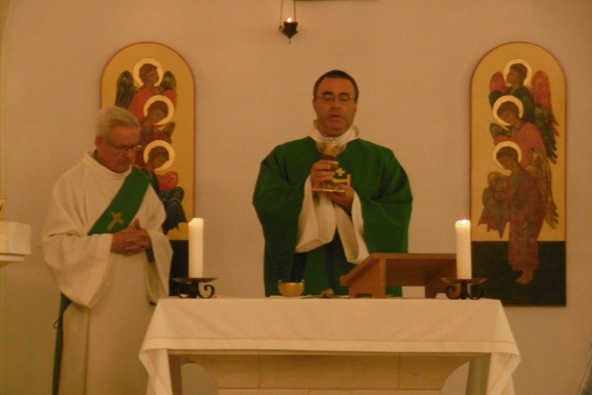 Pendant la messe (2)
