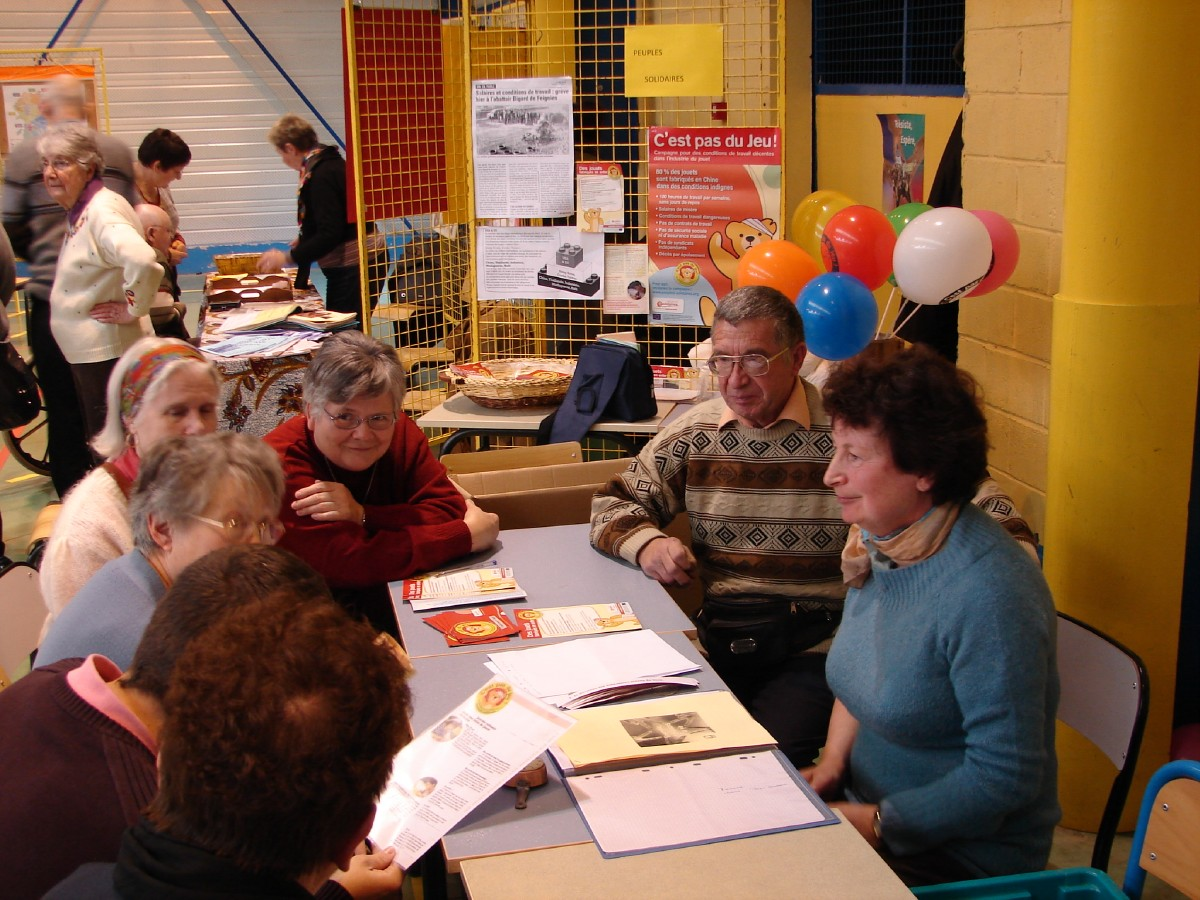 PEUPLES SOLIDAIRE (3)