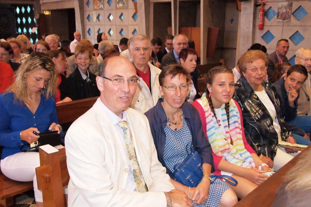 Premiere des communions Juin 2015 (12)