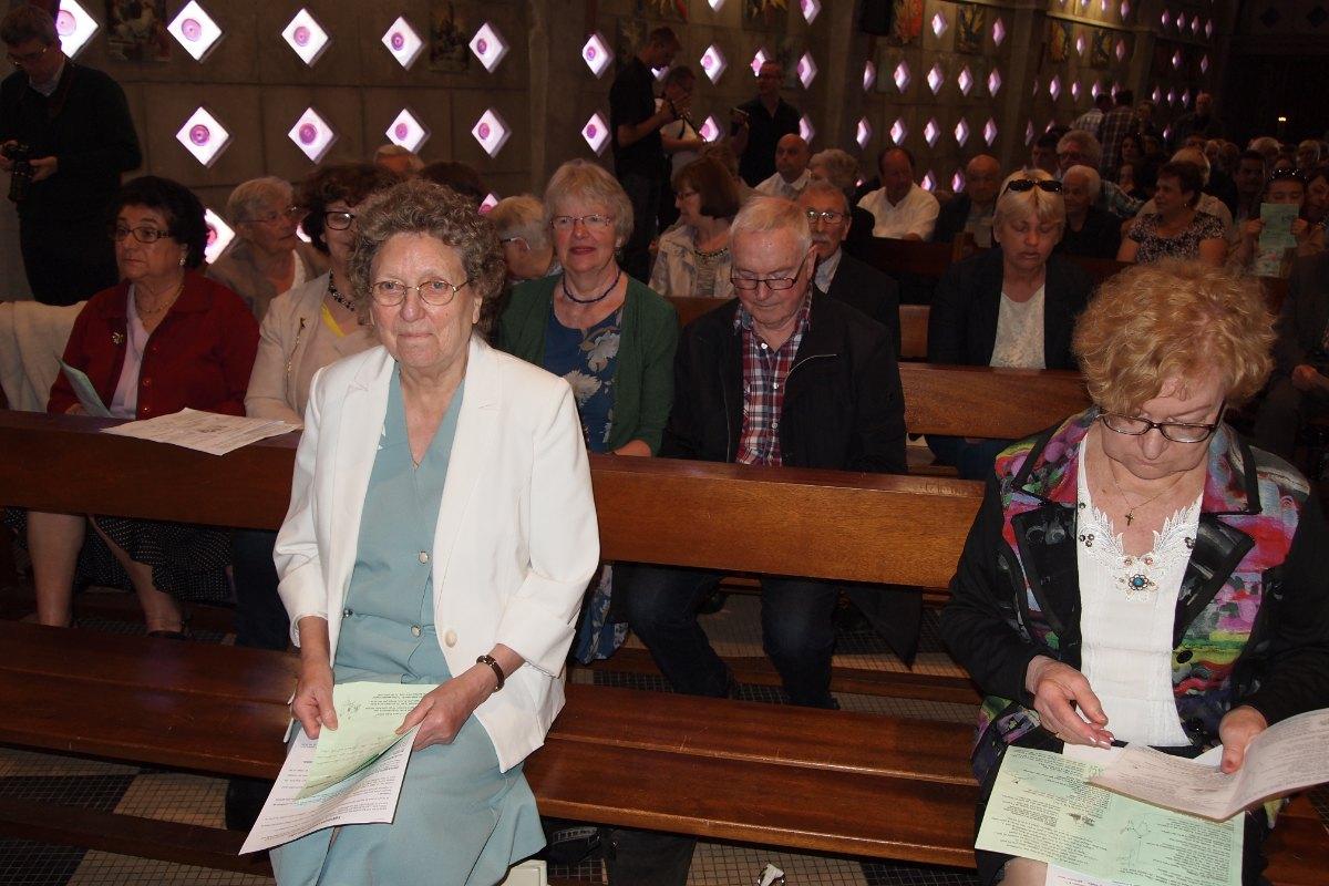 Premiere des communions Juin 2015 (14)