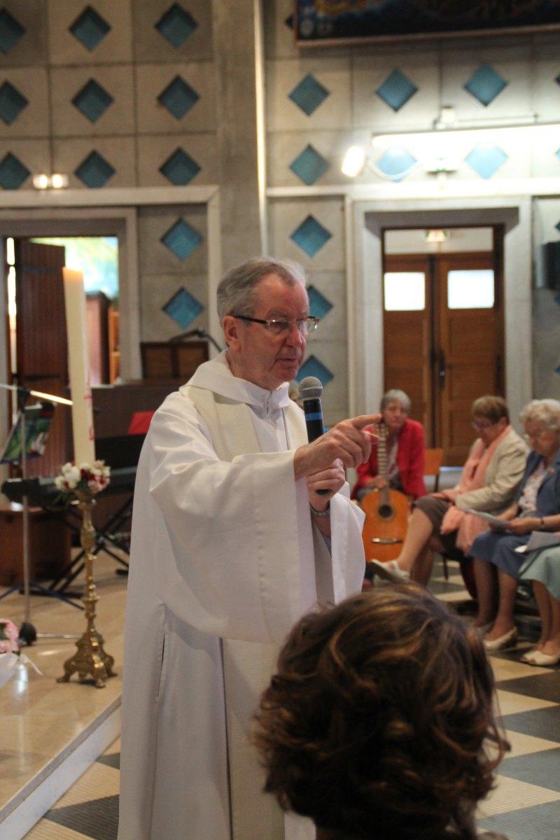 Premiere des communions Juin 2015 (55)