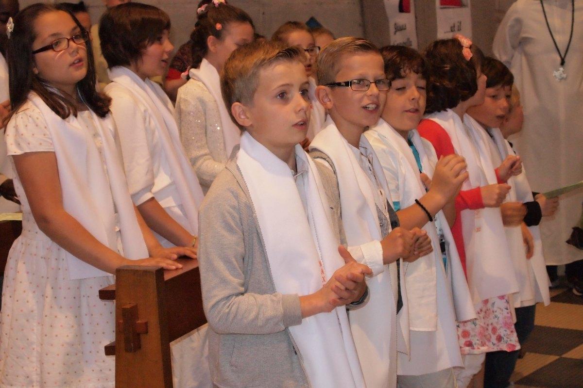 Premiere des communions Juin 2015 (90)