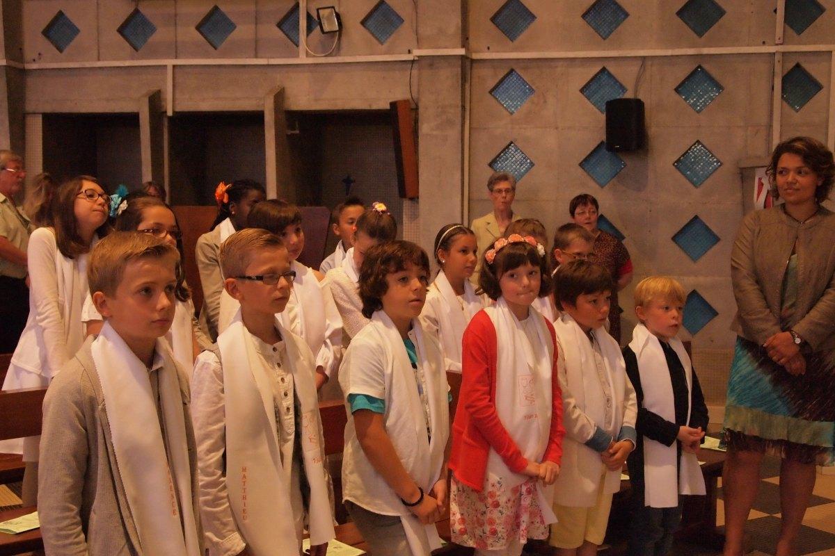Premiere des communions Juin 2015 (92)