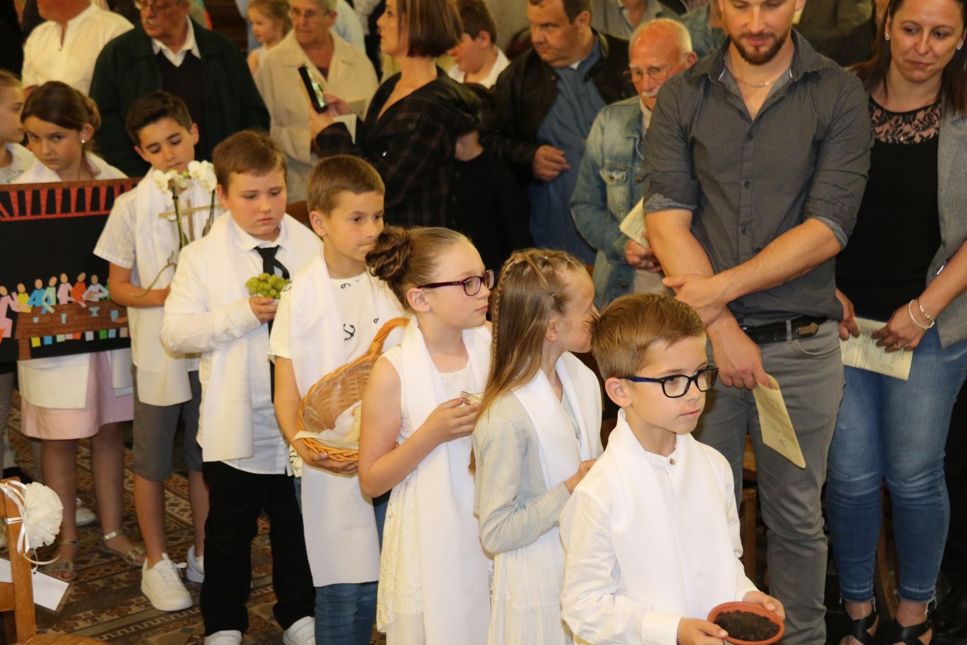 Premières des Communions 109