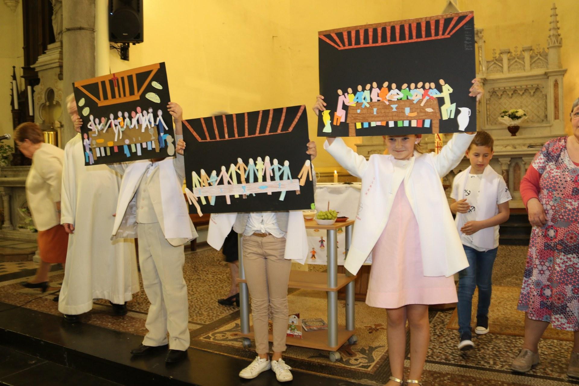 Premières des Communions 116