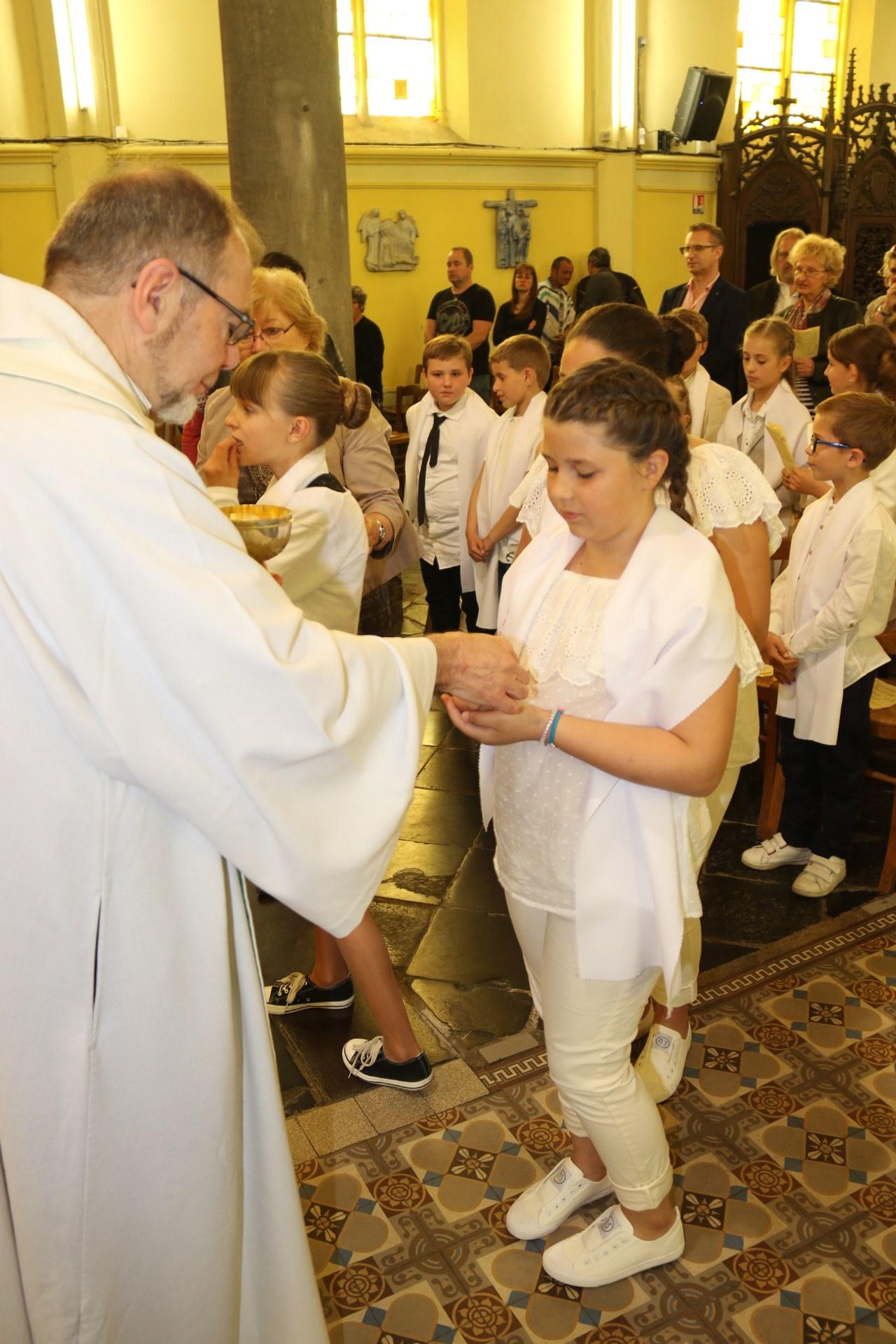 Premières des Communions 136