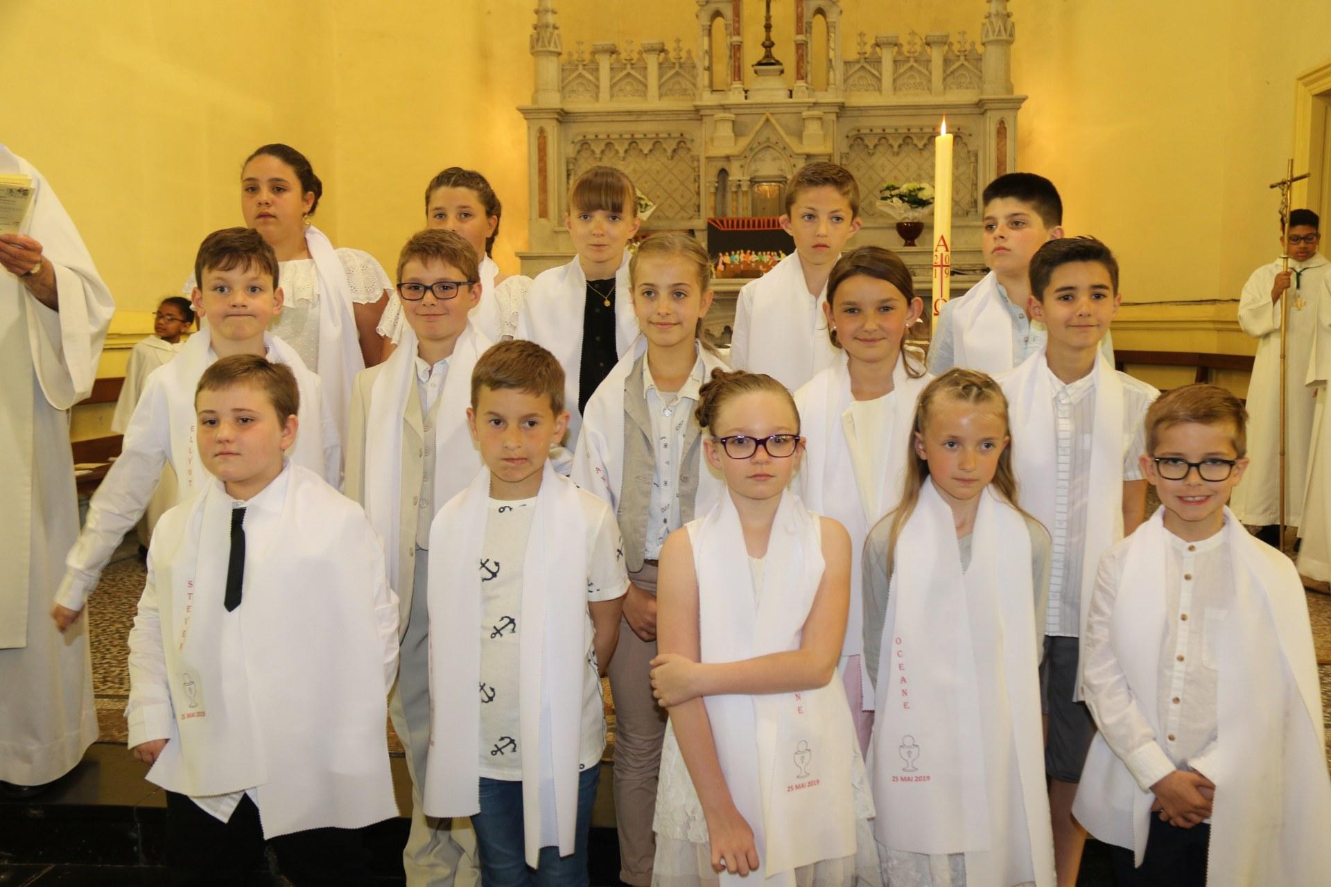 Premières des Communions 144