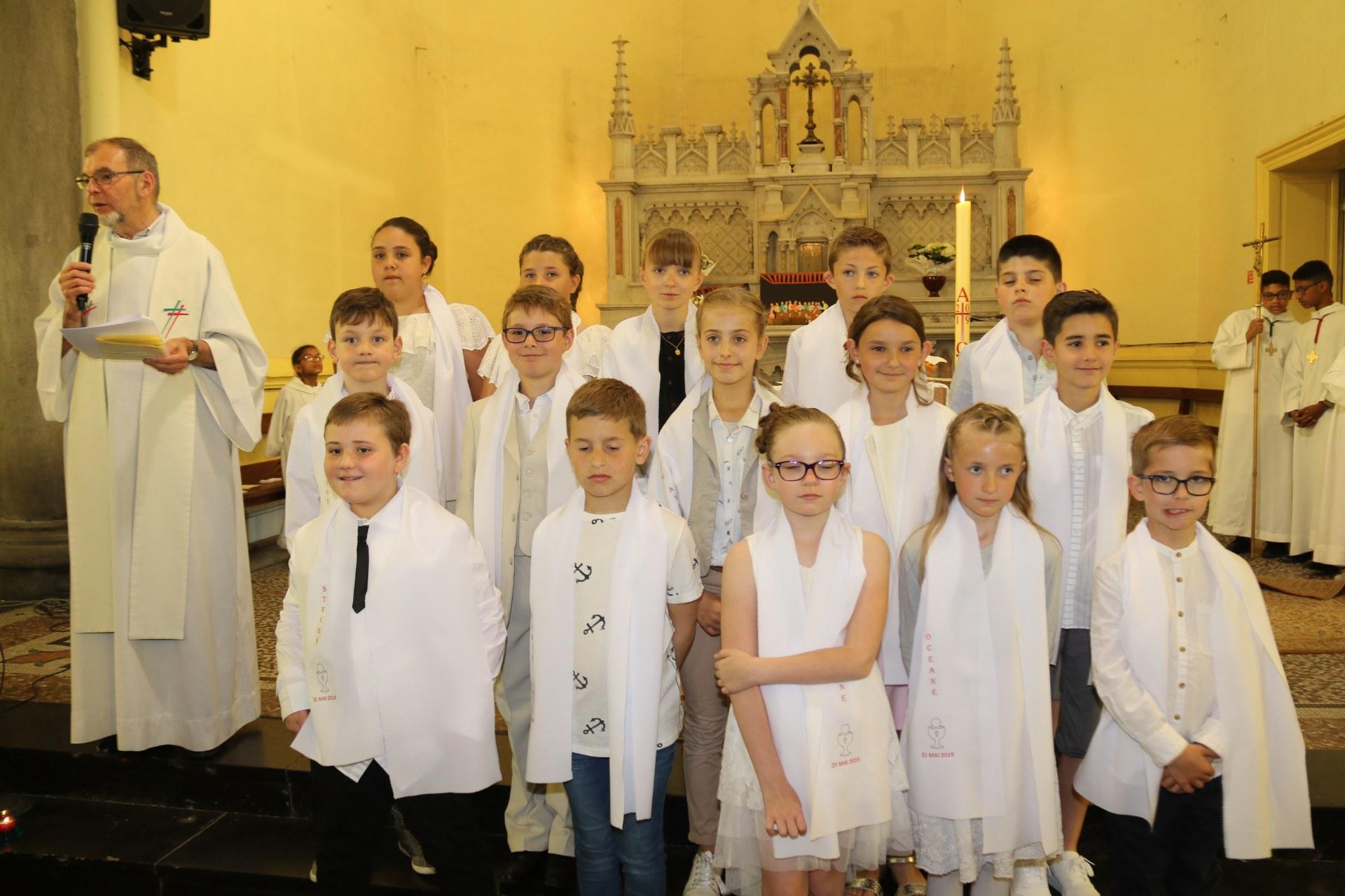 Premières des Communions 145