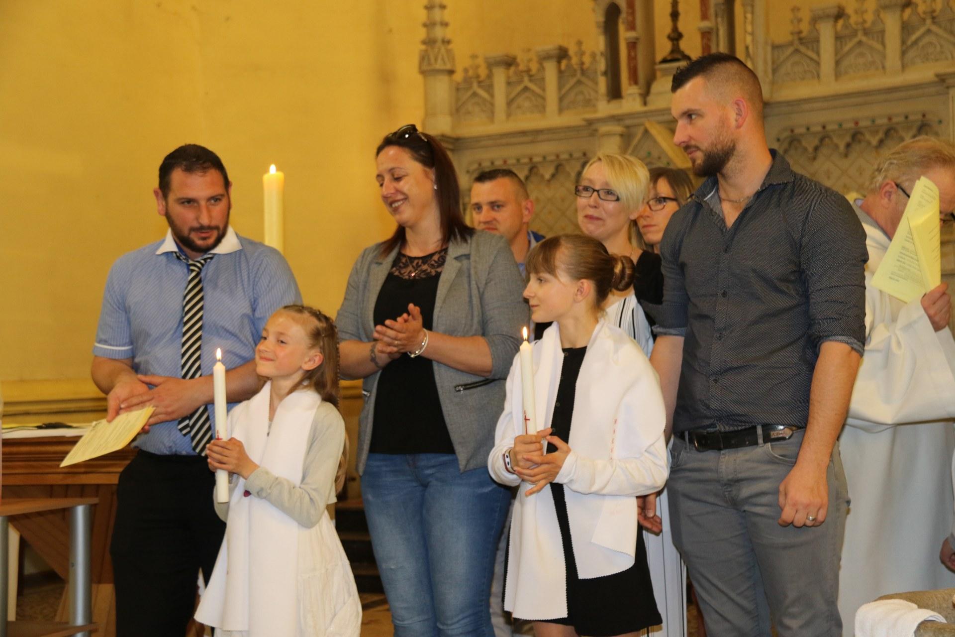 Premières des Communions 84