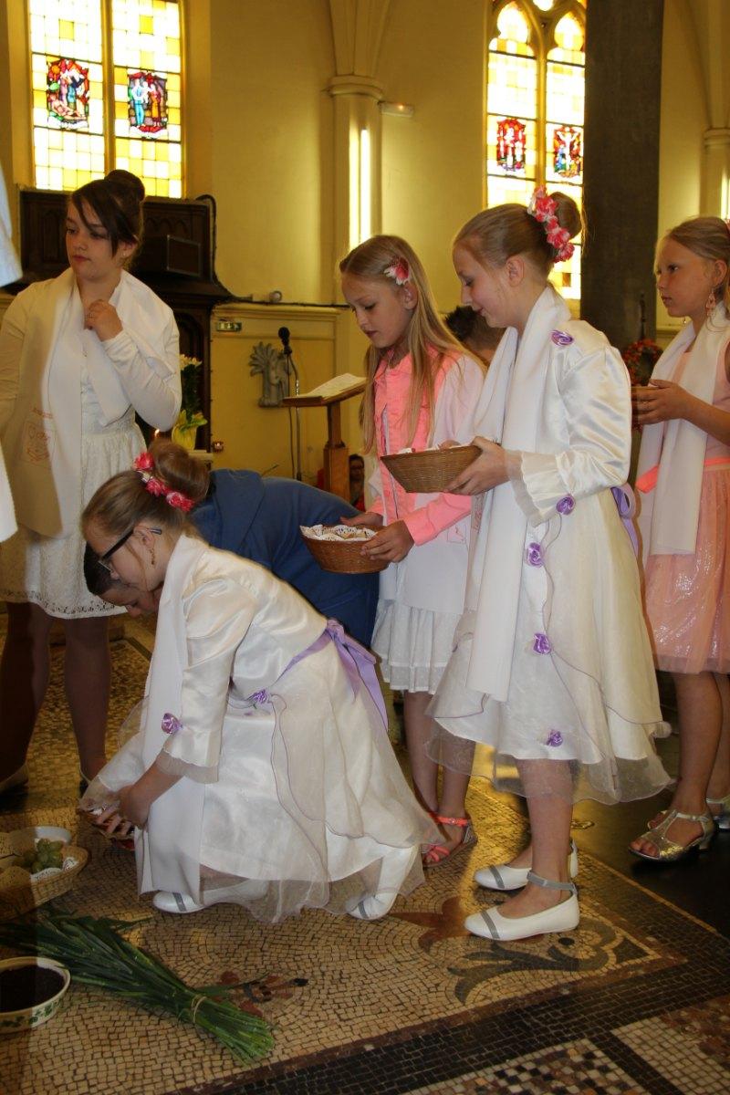 premières communions Sin 2 100