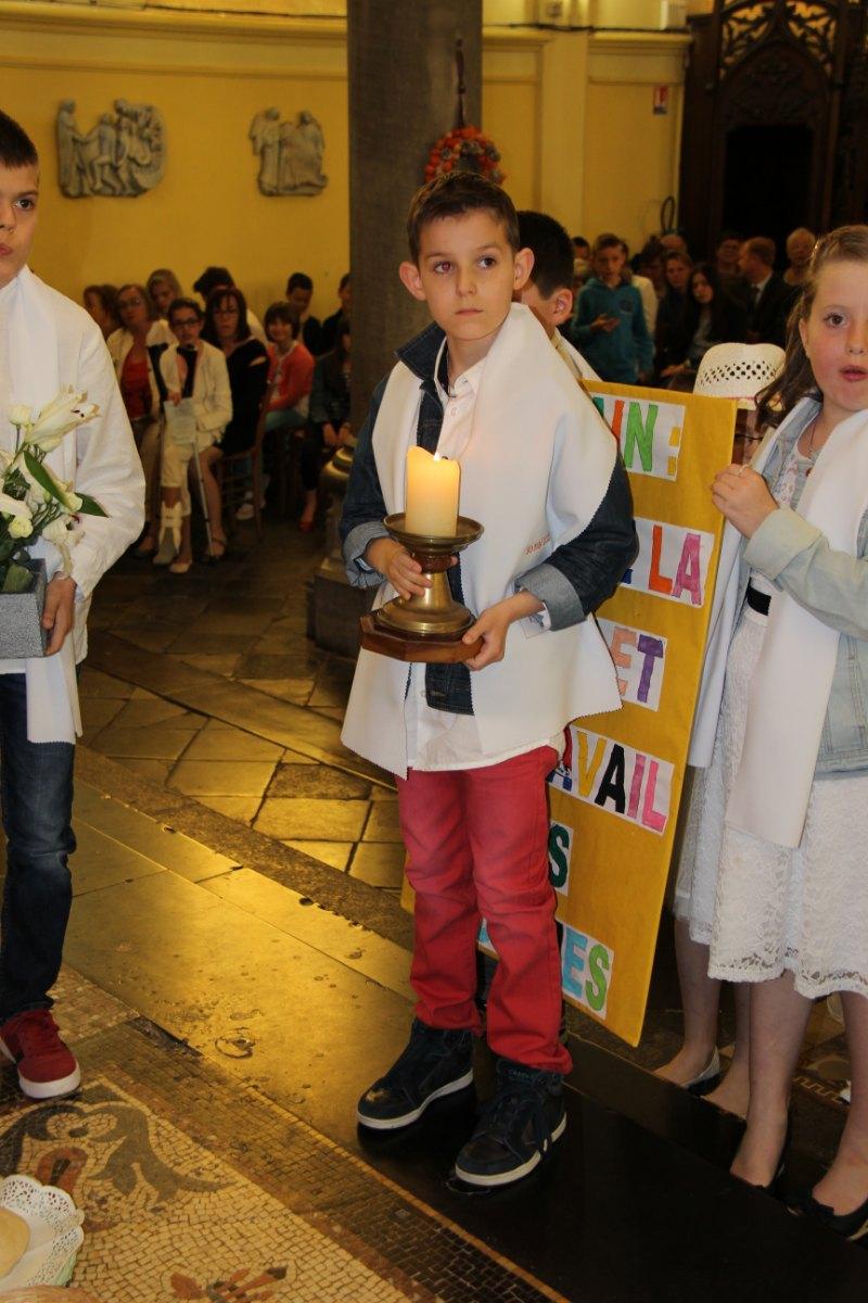premières communions Sin 2 103