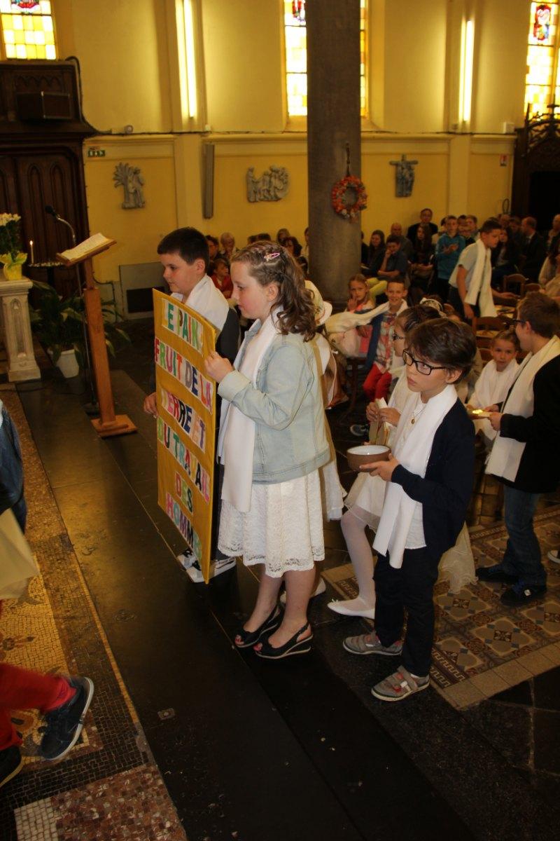 premières communions Sin 2 105