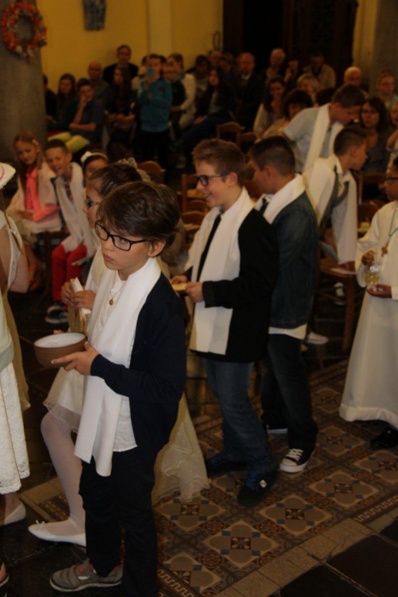 premières communions Sin 2 106