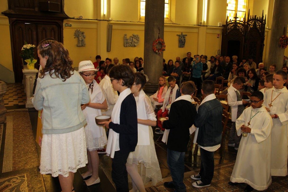 premières communions Sin 2 107