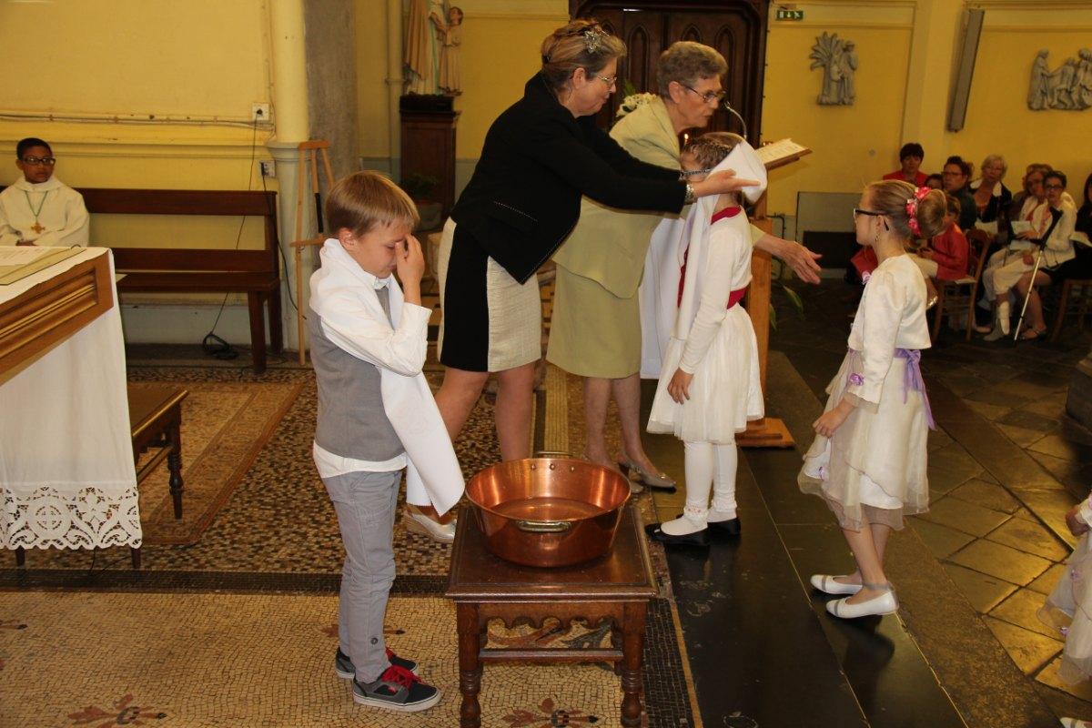 premières communions Sin 2 11