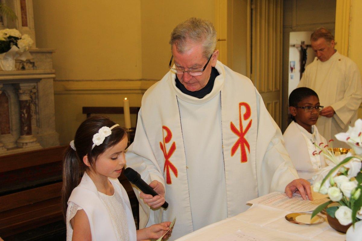premières communions Sin 2 114