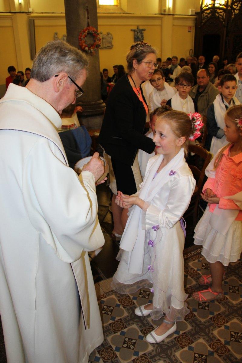 premières communions Sin 2 129