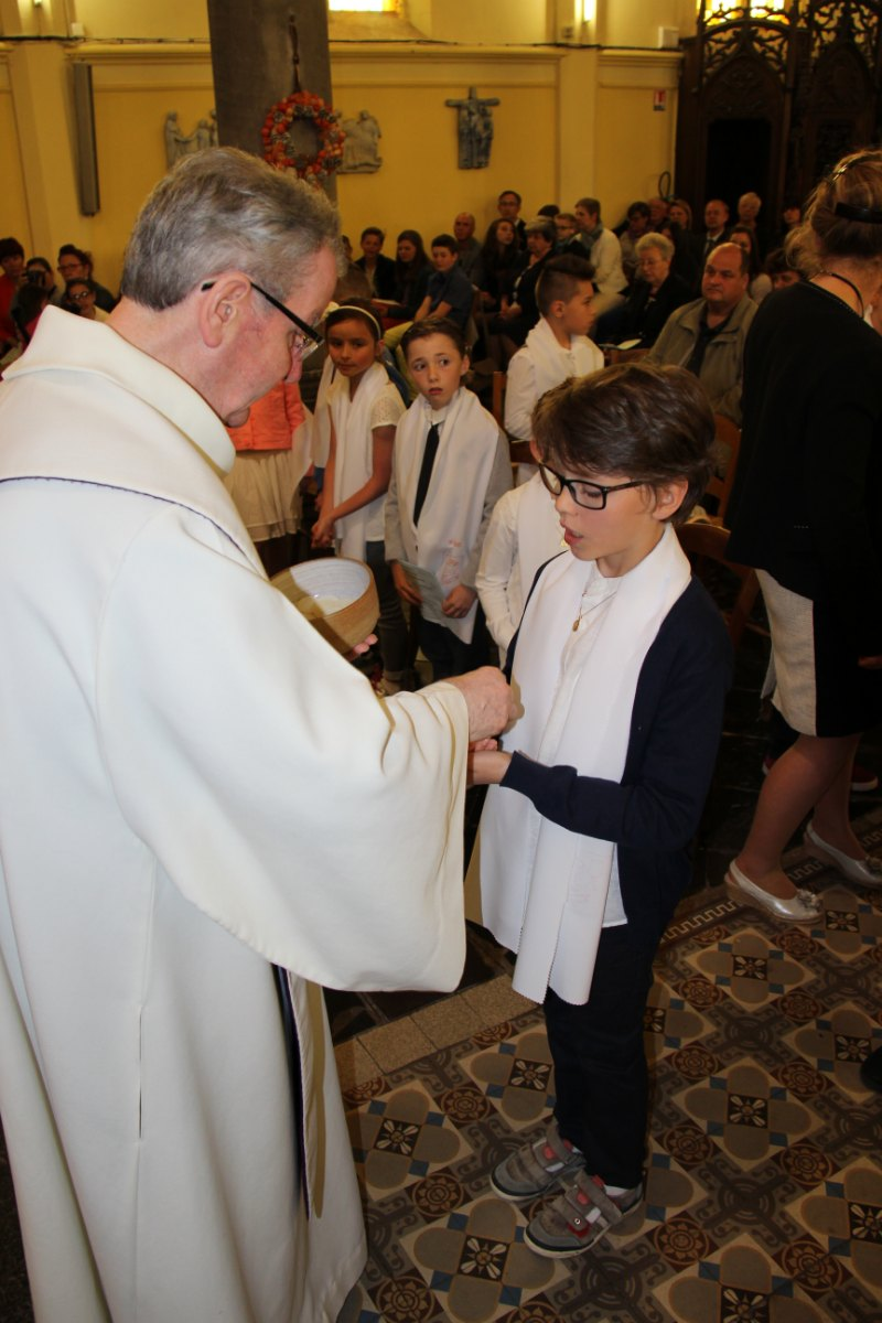 premières communions Sin 2 136