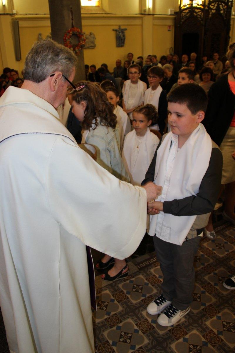 premières communions Sin 2 143