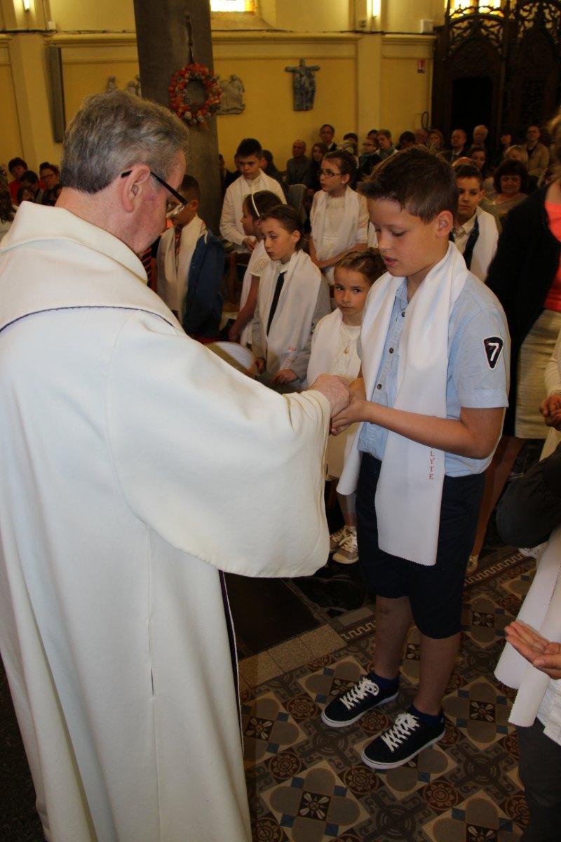premières communions Sin 2 144