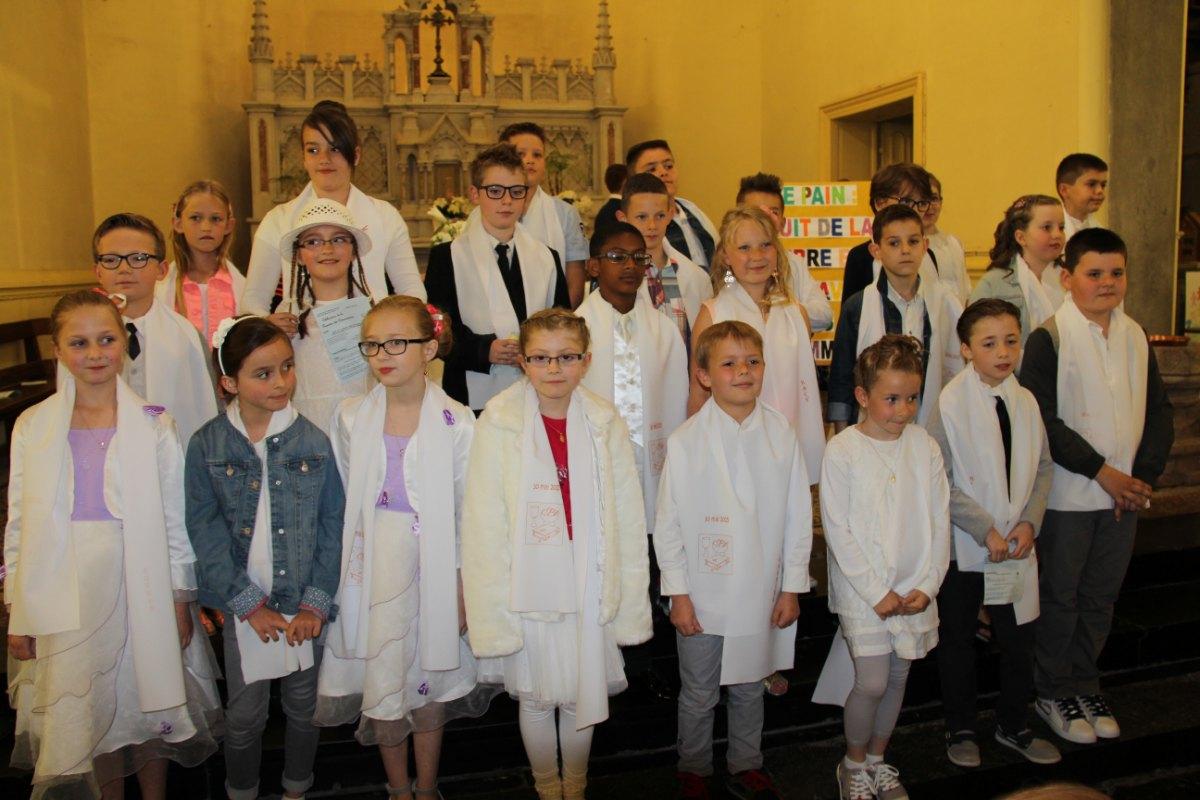 premières communions Sin 2 183