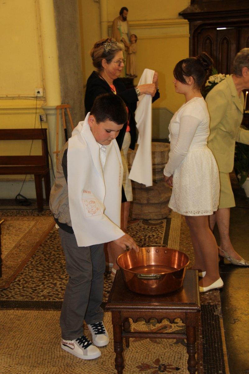 premières communions Sin 2 30