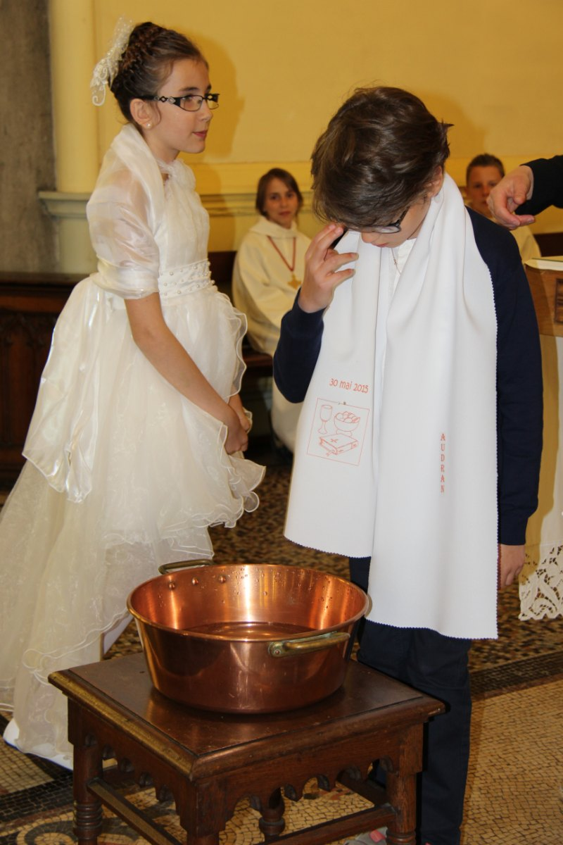 premières communions Sin 2 48