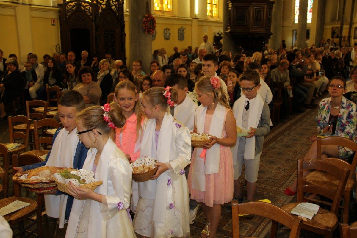 premières communions Sin 2 95