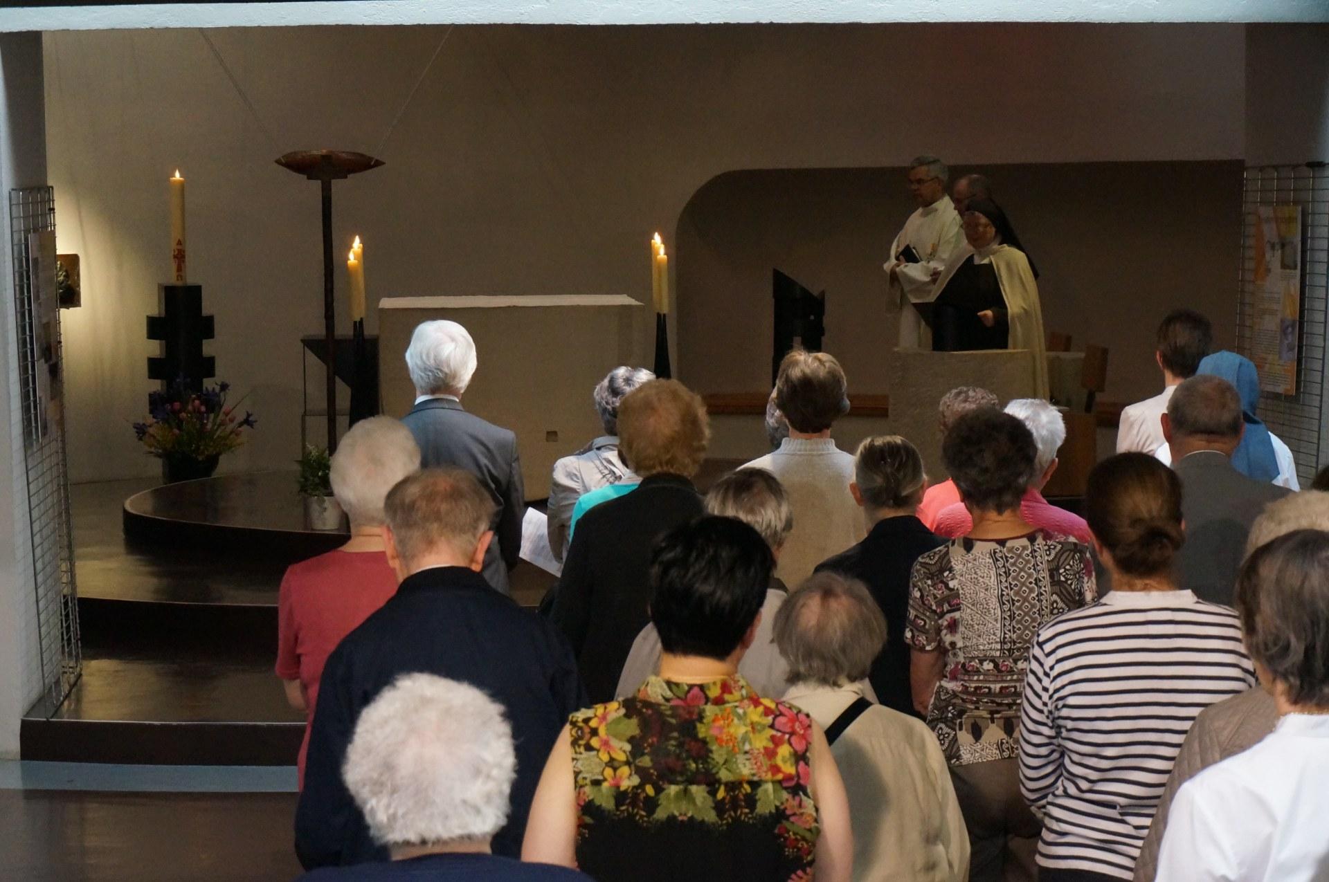 Prions pour l'Eglise, le monde ... inspirés par Ap