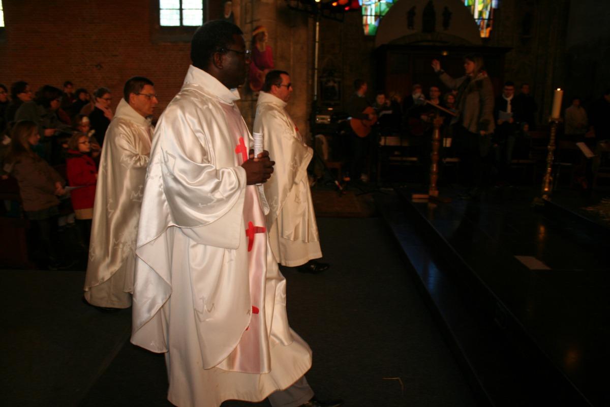 La procession d'entrée.